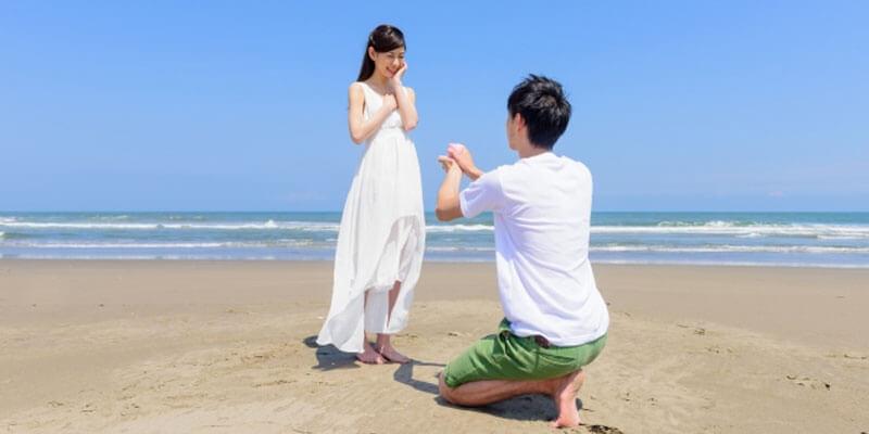 心の準備が必要?男性がプロポーズ前に見せる仕草・行動7選